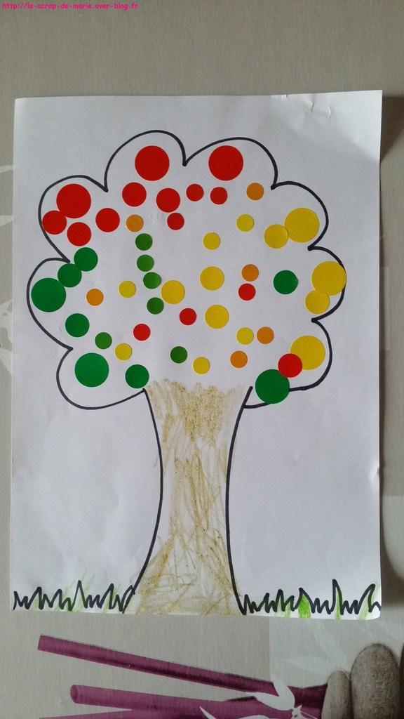 1maman2filles_arbre-d-automne-et-tampon