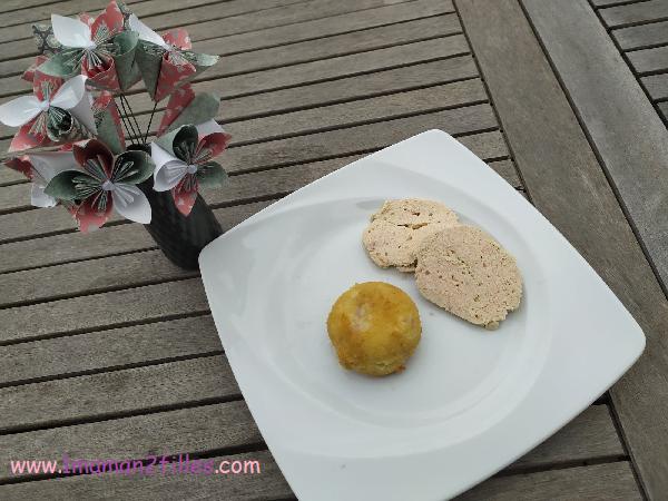 Croquettes de pommes de terre avec un cœur à la mozzarella