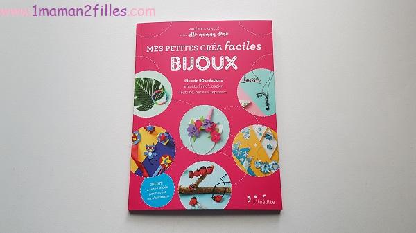 petites-creas-faciles-bijou-livre-activites-manuelles