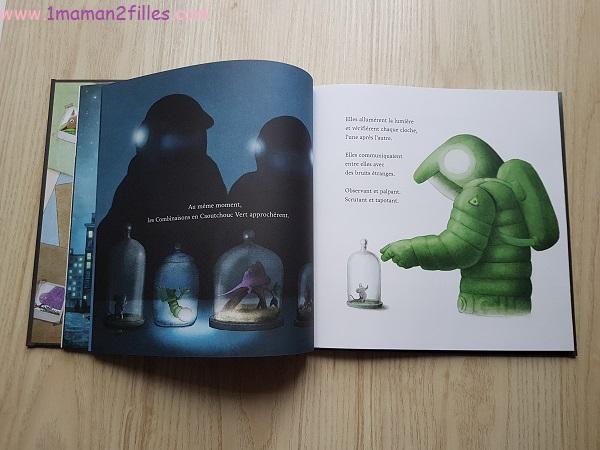 livres-barnabus-naif-fillette