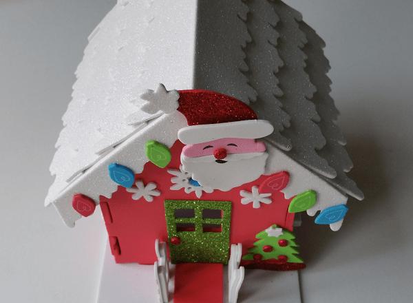 maison du père noël illuminée- bonhomme-neige-pere-noel-renne-activites-1maman2filles