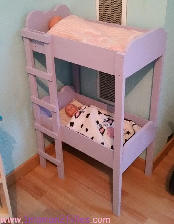 nurserie-table-langer-lit-bébé-superposé-baignoire