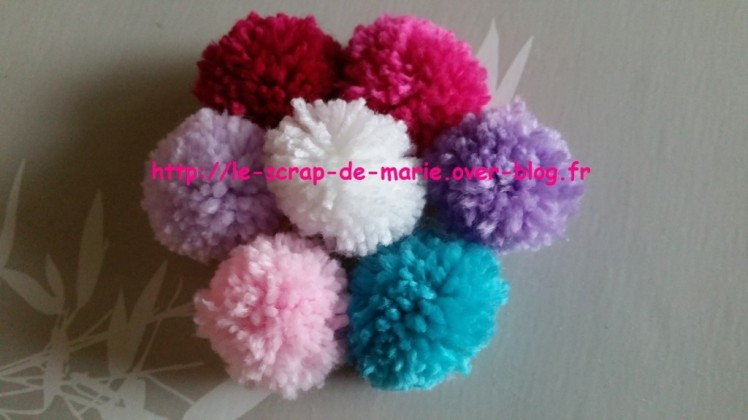 1maman2filles-guirlande-de-pompons-1024x576