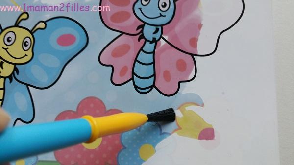 1maman2filles-activite manuelle enfants my first creation peinture magique eau 10