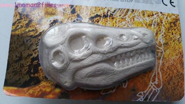 1maman2filles activités enfants découverte d'un fossil de dinosaure 2