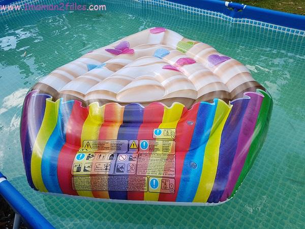 intex-licorne-piscine-matelas-cupcake