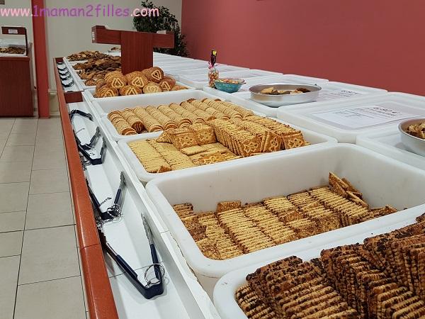 bzh-bretagne-la-biscuiterie-kerlann-famille