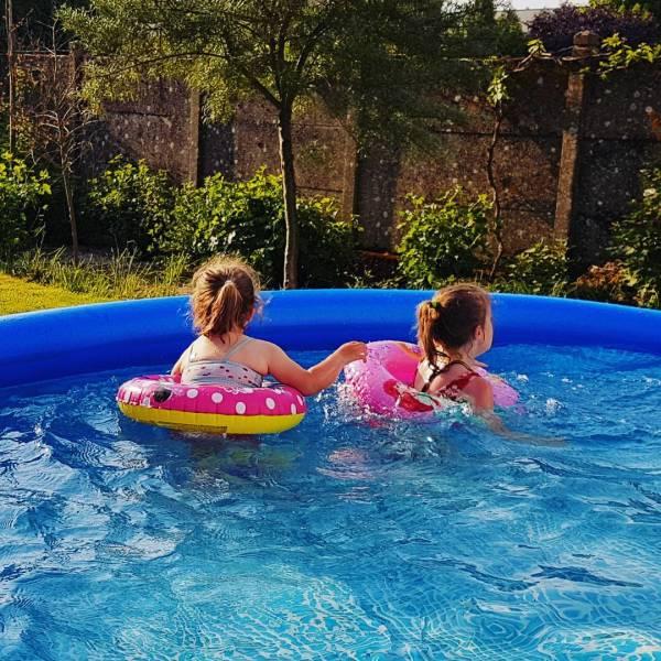 piscine-auto-portee-jeux-jouets-eau