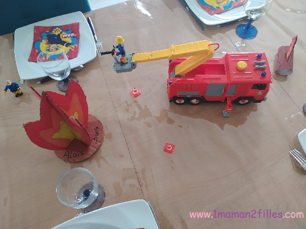 flamme et camion de sam le pompier