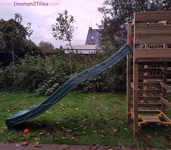 wickey-tour-jeux-balancoire-cabane-enfant-bois