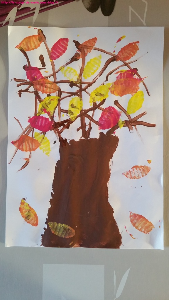 1maman2filles_arbre-d-automne-et tampon2